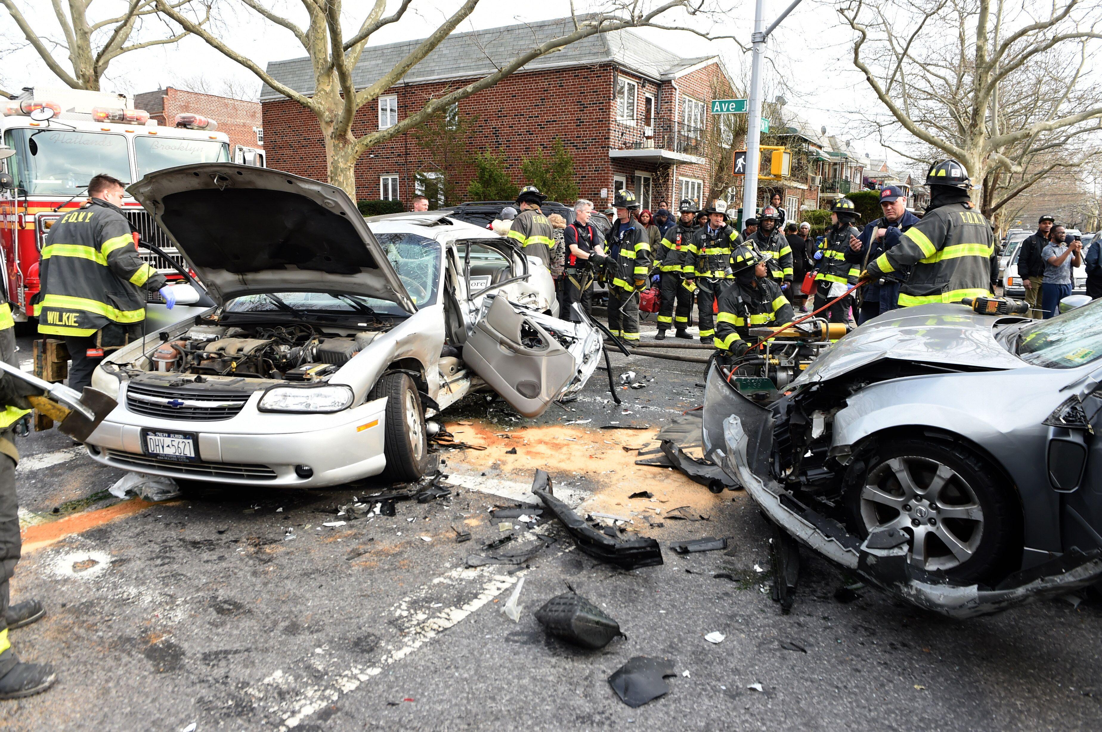 Fatal crash on Avenue J killed Canarsie woman. Todd Maisel/Bklyner